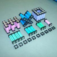 Távtartó keret 18650 li-ion akkumulátorhoz