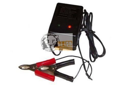 LC2200 6V/1A zselésakku automata töltő